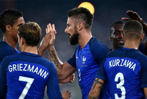 Cinq matchs de préparation pour les Bleus