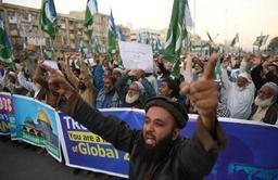 Israël frappe la bande de Gaza après des tirs de roquette
