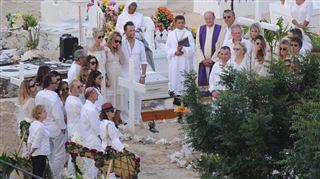 Johnny Hallyday inhumé à Saint-Barthélemy- toutes les photos 5