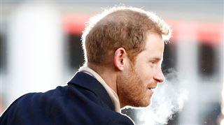 Dossier royal- qui fume dans le gotha?
