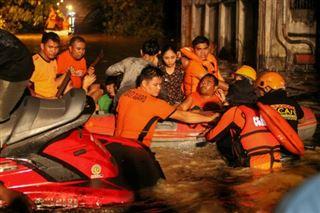 Le sud des Philippines frappé par une tempête tropicale- au moins 133 morts