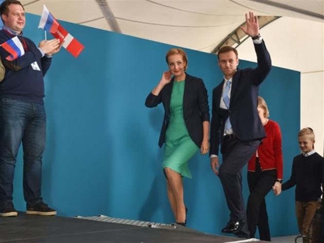 L'opposant russe Alexeï Navalny et son épouse Ioulia à Moscou le 24 décembre 2017- Vasily MAXIMOV