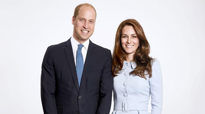 Un détail INTRIGUE sur la photo officielle de Kate et William pour les fêtes… L'avez-vous repéré?