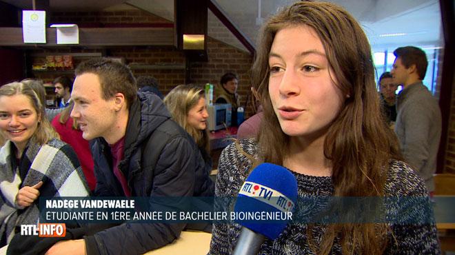 Les étudiants en blocus se rassemblent pour étudier à Louvain-la-Neuve: