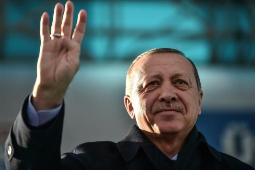 Le président turc Erdogan annonce une visite en France le 5 janvier