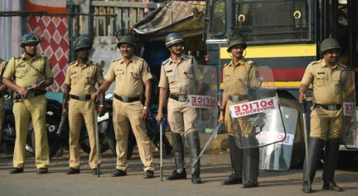 Manifestations d'une caste indienne défavorisée à Bombay
