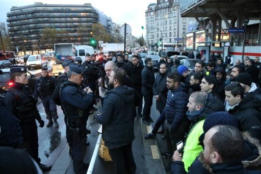 Des chauffeurs VTC protestent contre la plateforme Chauffeur privé