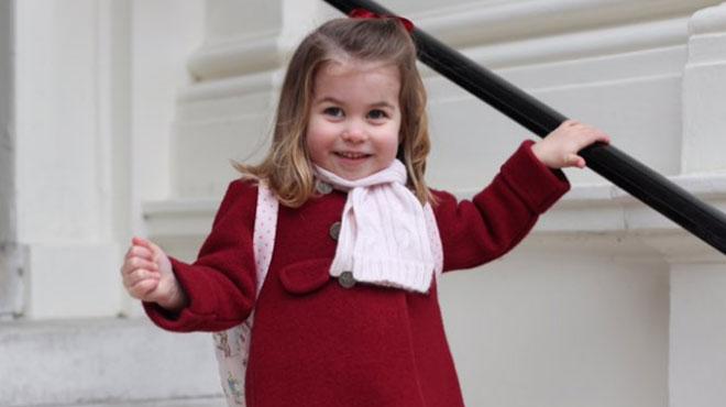 La petite princesse Charlotte a fait sa rentrée