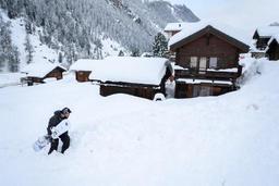 Intempéries - La ligne ferroviaire vers Zermatt en passe d'être dégagée
