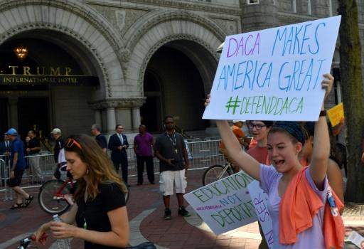 Un juge américain bloque l'abrogation du programme DACA