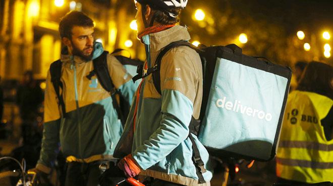 Sans réponse de la direction, des livreurs Deliveroo  prévoient un arrêt de travail tous les samedis soir