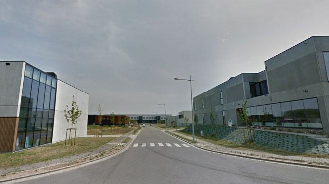 Une entreprise attaquée à la voiture-bélier dans le zoning de Nivelles