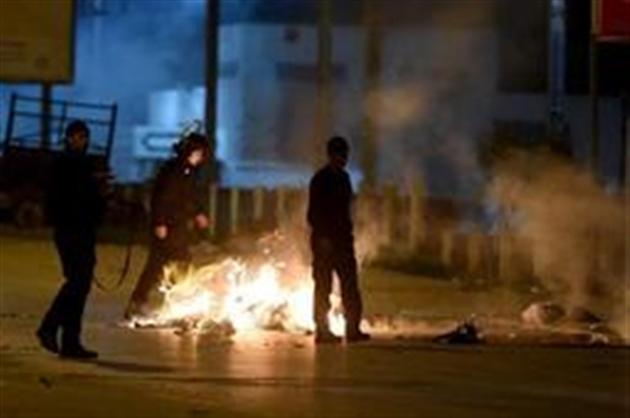 Tunisie : 200 arrestations et des dizaines de blessés après une nouvelle nuit de heurts