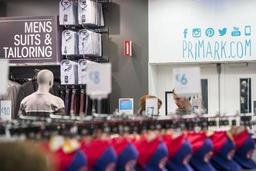 Action devant Primark à Bruxelles pour davantage de transparence dans l'industrie textile