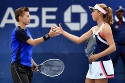 WTA Hobart: Elise Mertens titrée aussi en double avec la Néerlandaise Demi Schuurs