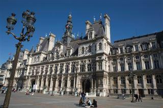Travail du dimanche à Paris - communistes et écologistes déposent un recours