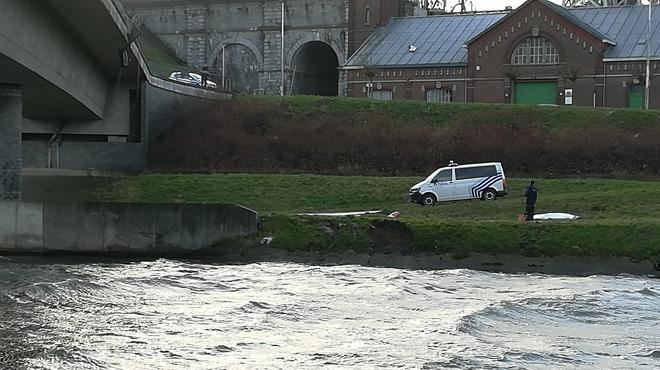 Un camionneur décède dans le canal — Drame au Roeulx