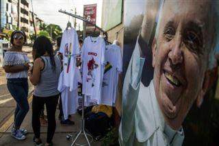 Le pape pour la première fois en Amazonie à l'écoute des indigènes