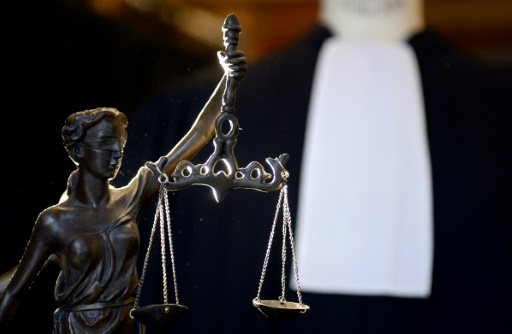 Le procès d'une fraude record à la