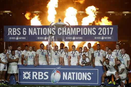 Rugby - XV de France : la première composition de Jacques Brunel