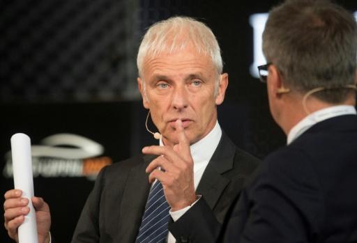 Tests controversés: le patron de Volkswagen promet des