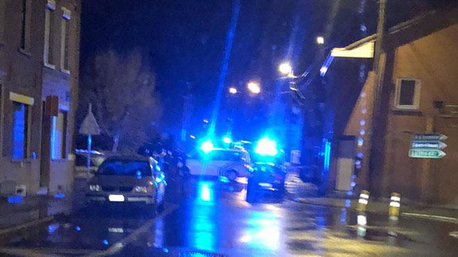 Un homme poignardé à mort hier soir à La Louvière: une personne arrêtée