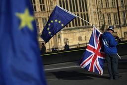 Le gouvernement britannique tente de minorer un rapport pessimiste sur l'après-Brexit