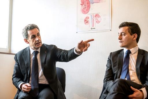 Sarkozy dîne à Bercy avec Darmanin et lui témoigne son
