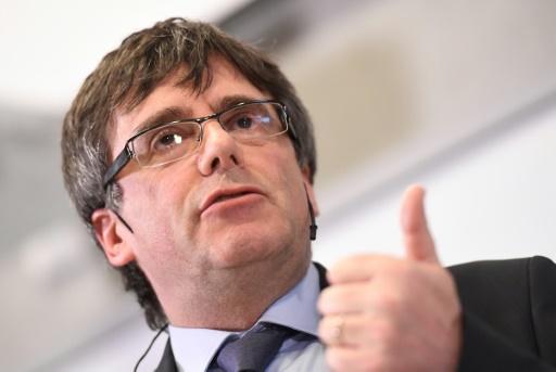 Un message privé de Puigdemont sème le doute sur sa candidature
