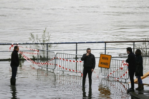 Crue de la Seine: les quais de Rouen noyés
