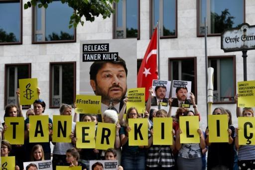 Le président d'Amnesty en Turquie remis en  liberté conditionnelle