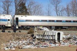 USA: un mort dans la collision d'un train d'élus républicains avec un camion