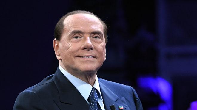 Berlusconi suspend sa campagne pour cause de fatigue: