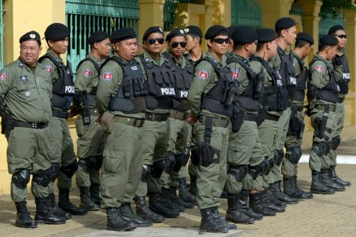 Cambodge: le chef de l'opposition reste derrière les barreaux