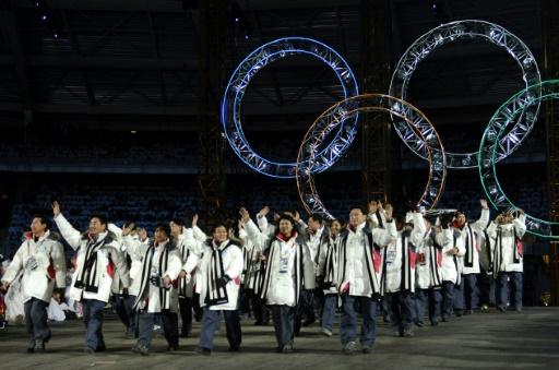Boycottages, défilés et pom-pom girls: les Corées dans l'arène sportive