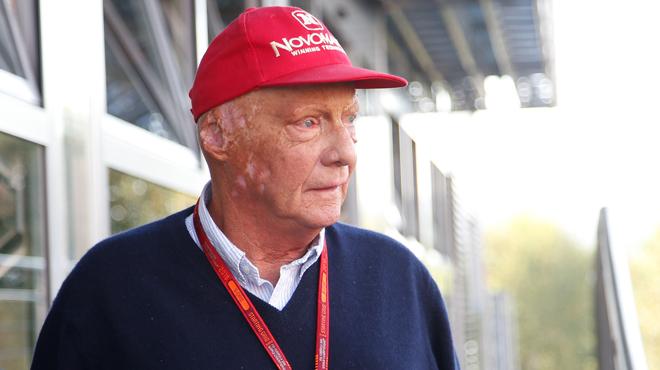Niki Lauda tacle la décision de supprimer les grid girls: