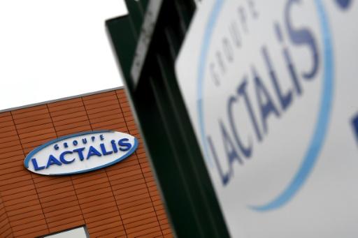 Lait contaminé: le patron de Lactalis présente ses excuses dans une lettre ouverte