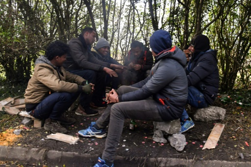 Rixes entre migrants: à Calais, des frictions communautaires récurrentes