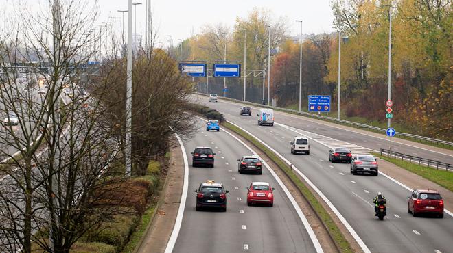 Augmenter la vitesse maximale à 130 km/h sur autoroutes: voici ce qu'en pense le gouvernement flamand