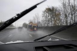 Alerte jaune routes glissantes: la phase de vigilance renforcée maintenue en Wallonie