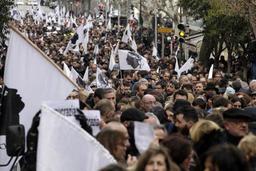 Corse: démonstration de force des nationalistes avant une visite du président Macron