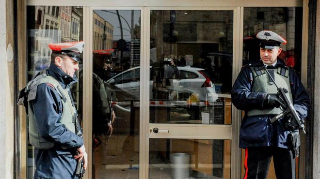 Une fusillade fait plusieurs blessés en Italie: le suspect présente des liens avec le fascisme