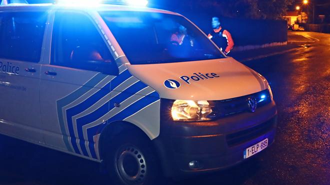 Une fille de 17 ans agressée sexuellement par cinq jeunes en Flandre: la police lance un appel à témoins
