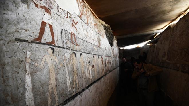 La tombe d'une prêtresse découverte en Egypte: les peintures murales qui ornent le lieu ont plus de 4.000 ans