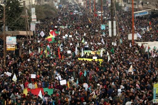 Syrie: Moscou doit cesser d'être