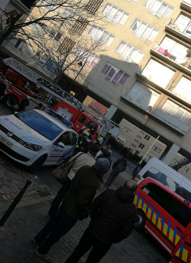 incendie-porte-de-hal-3