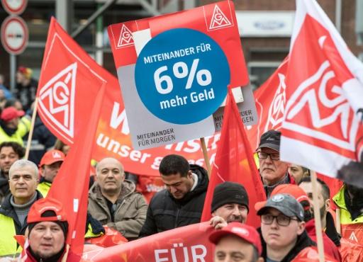 Allemagne: reprise des négociations entre IG Metall et le patronat