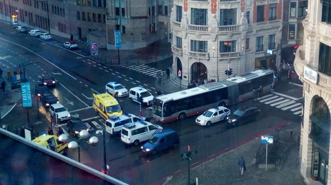Piétons fauchés par un bus de la Stib: toutes les victimes sont hors de danger