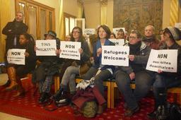 Visites domiciliaires - La commune d'Ixelles adopte une motion contre le projet de loi, abstention du MR