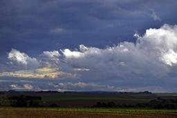 Météo - La Belgique sous les nuages, un peu de neige prévue dans le sud-est